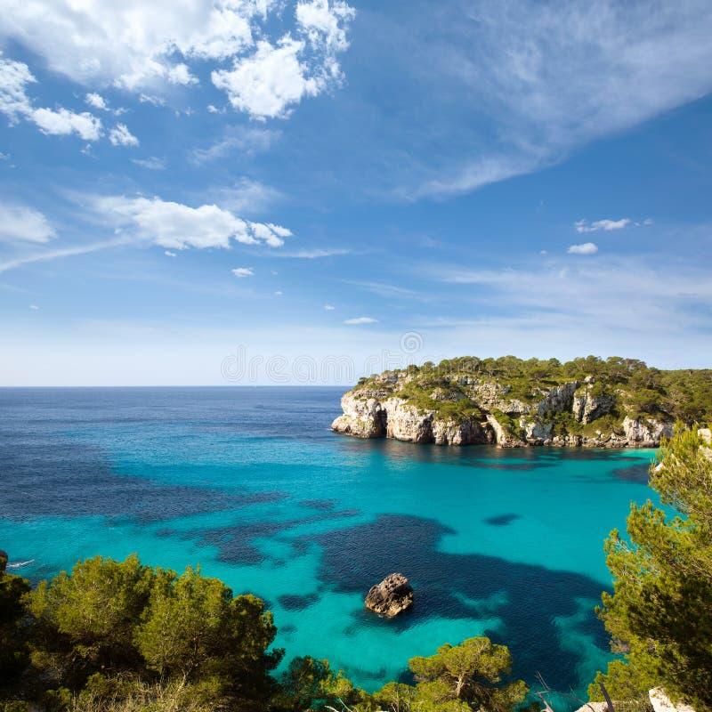 Cala Macarella Menorca绿松石拜雷阿尔斯地中海 免版税图库摄影