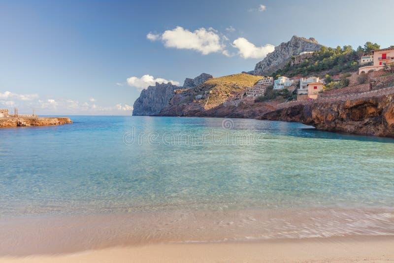 Cala Sant Vicenc formou por quatro beachs, entre eles Cala Molins, imagem de stock royalty free
