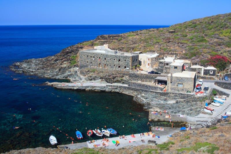 Cala Tramontana, Pantelleria royalty-vrije stock afbeeldingen