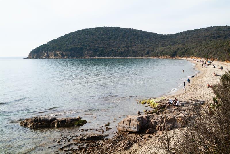 Cala Violina plaża Scarlino, Maremma Tuscany, Włochy Spokojna scena przy zmierzchem zdjęcie royalty free