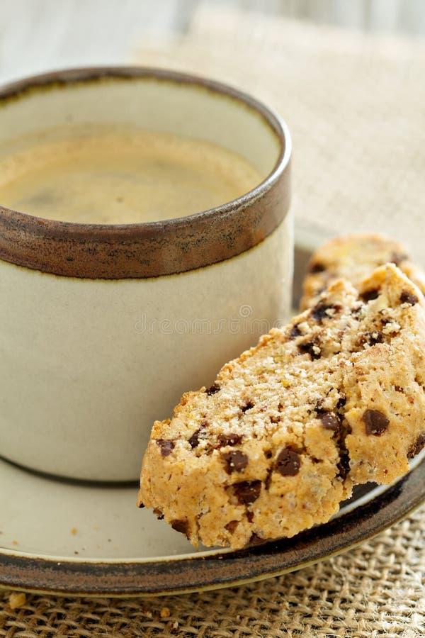 Calabaza, nueces y biscotti del chocolate imágenes de archivo libres de regalías