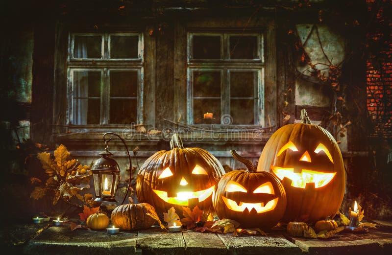 Calabazas de Halloween del Lit de la vela imagen de archivo libre de regalías