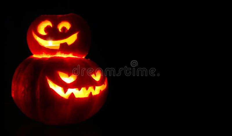 Calabazas de Halloween en negro fotografía de archivo libre de regalías