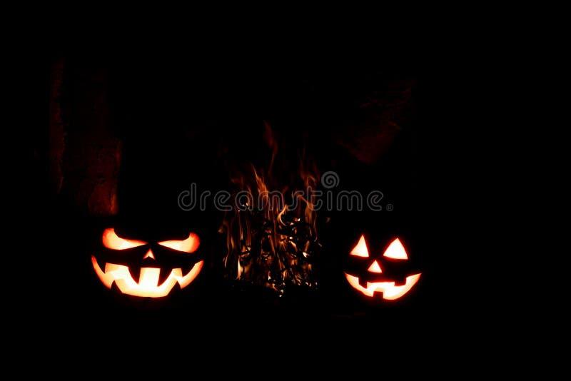 Download Calabazas De Halloween Formidables Y Divertidas, Resplandor De Dentro Y AR Imagen de archivo - Imagen de hoguera, miedo: 100534557