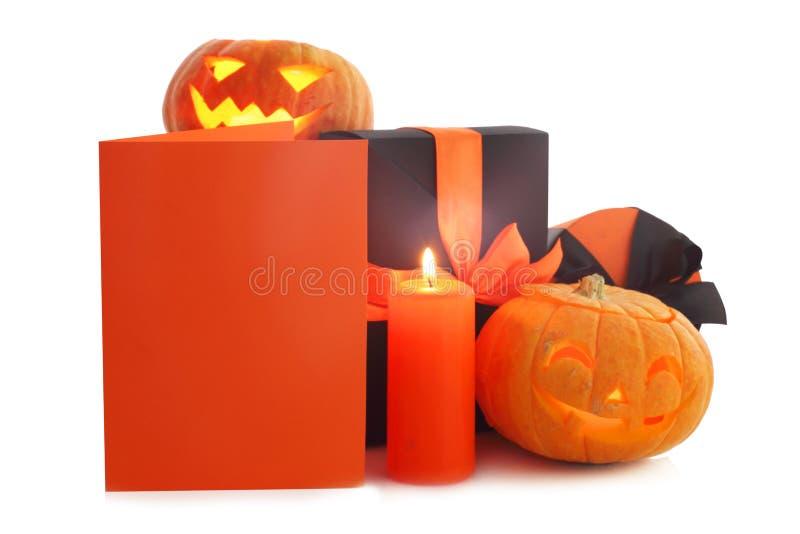 Calabazas y regalos de Halloween fotografía de archivo