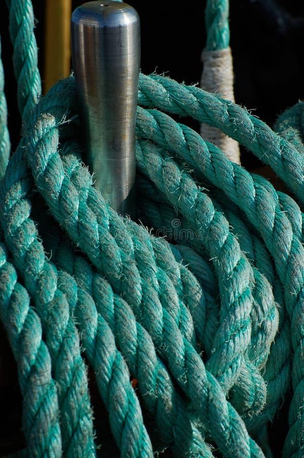 Calage d'un bateau de navigation images stock