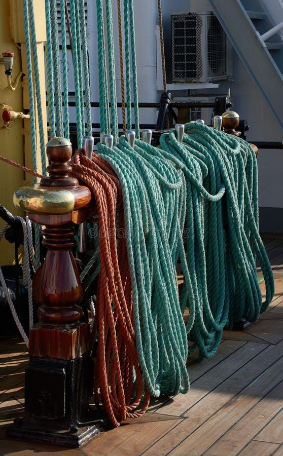 Calage d'un bateau de navigation image libre de droits