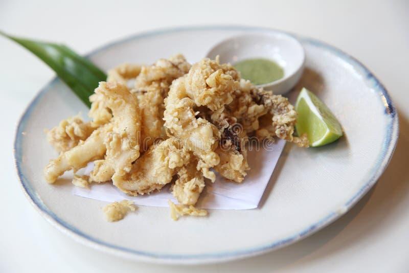 Calamari del calamaro della tempura, tempura di ika, alimento giapponese immagini stock libere da diritti