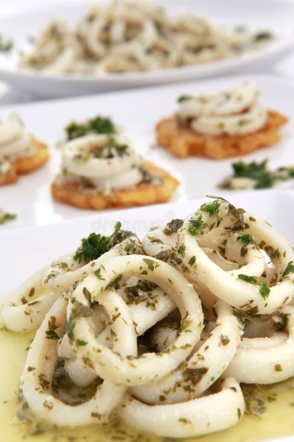 Calamari della salsa di aglio fotografia stock libera da diritti