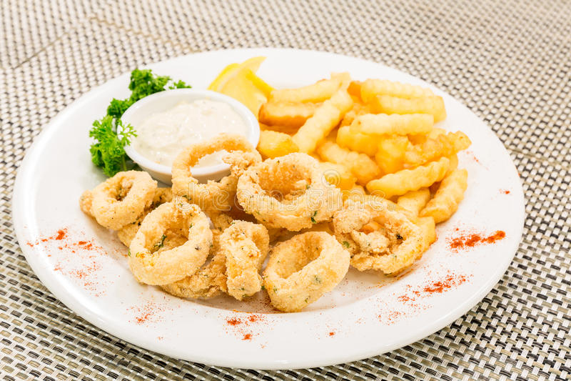 Calamari fritto immagini stock