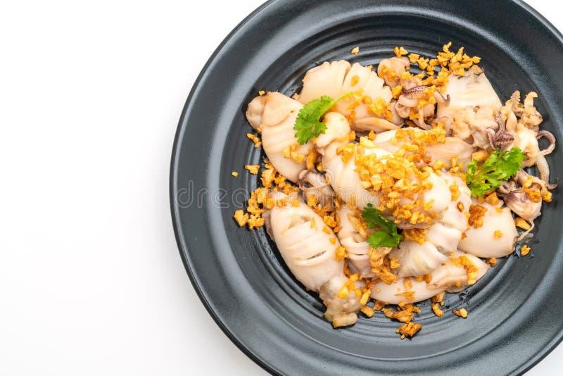 calamaro o polipo fritto con aglio fotografia stock libera da diritti