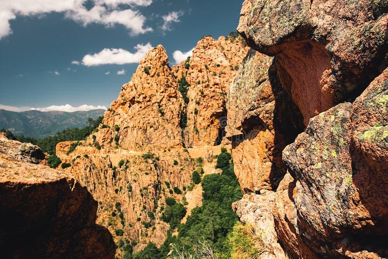 Calanches de皮亚纳自然公园,科西嘉,法国 免版税库存照片