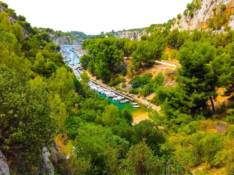 Calanque tussen Marseille en Cassissen, de Provence, Frankrijk royalty-vrije stock fotografie