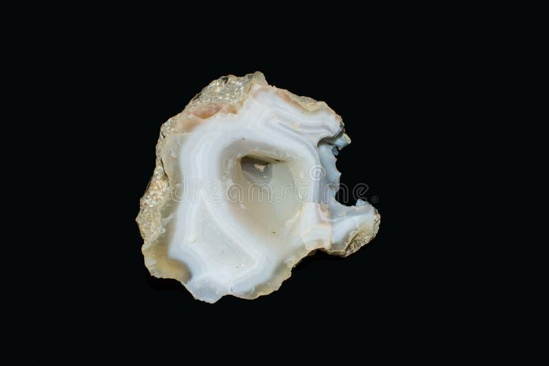 Calcedônia do cristal do geode da ágata imagem de stock royalty free