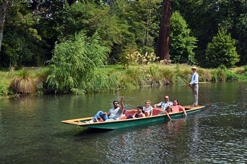 Calciando sul fiume di Avon, Christchurch Nuova Zelanda fotografia stock libera da diritti