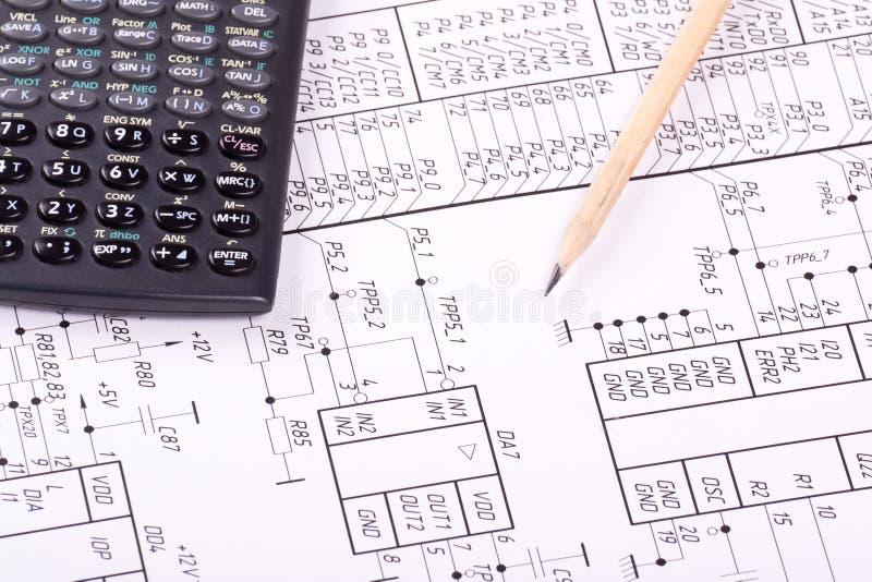Calcolatore e matita sull'illustrazione fotografia stock