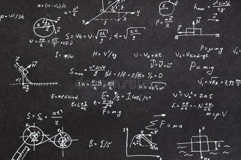 Calcolo di cinematica della lavagna di formula di fisica fotografia stock libera da diritti