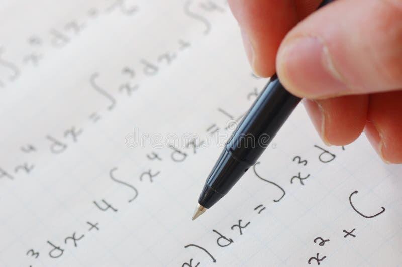 Download Calcul photo stock. Image du humain, papier, teen, mathématiques - 8664402