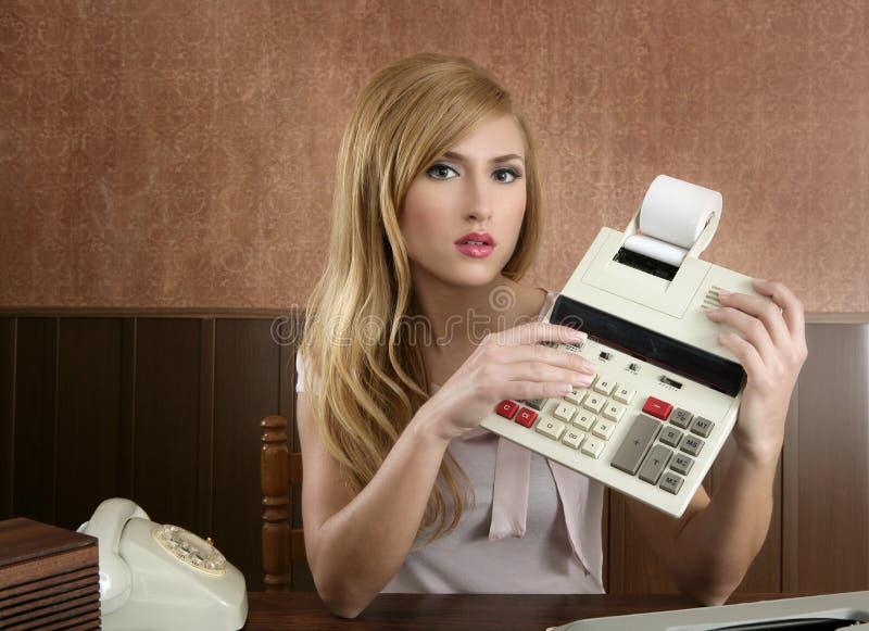 Calculadora retro do vintage da secretária do contabilista fotos de stock royalty free