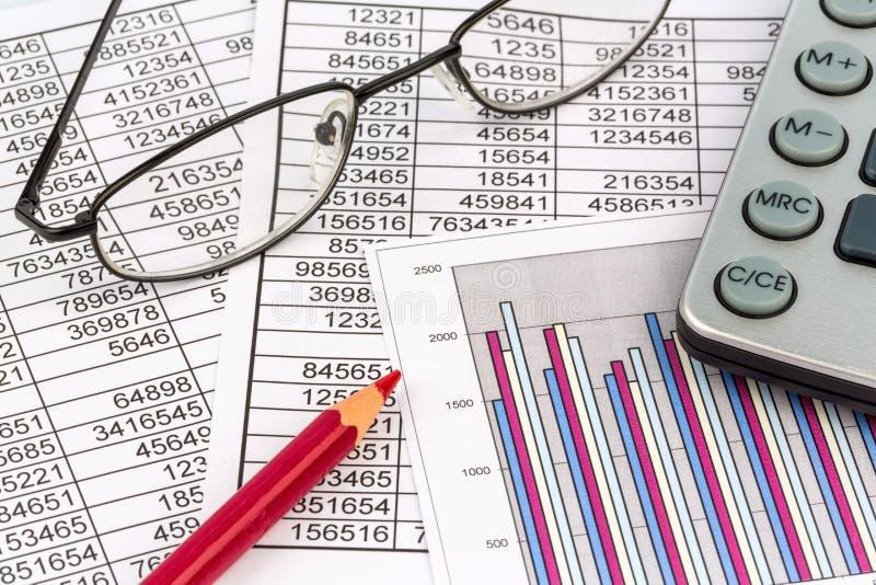 Calculadoras e statistk fotos de stock