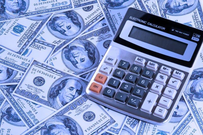 Calculatrice au-dessus d'argent photo libre de droits