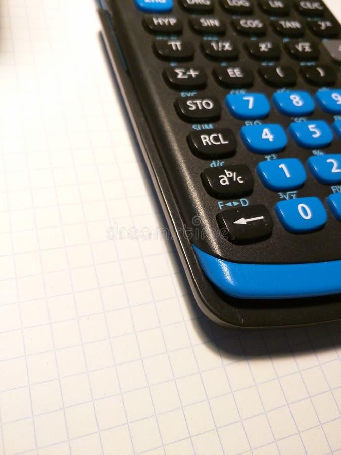 Calculatrice sur le papier photo libre de droits