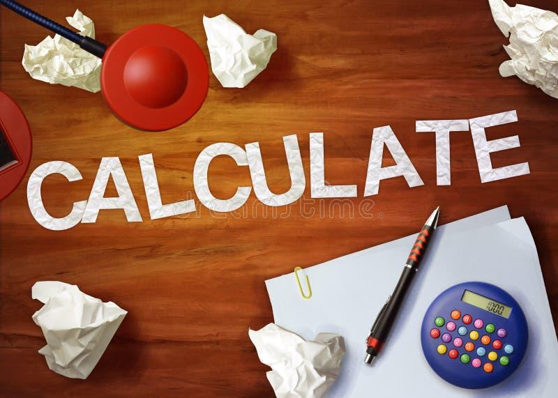 Calcule o escritório da calculadora do memorando do desktop pensam organizam imagens de stock