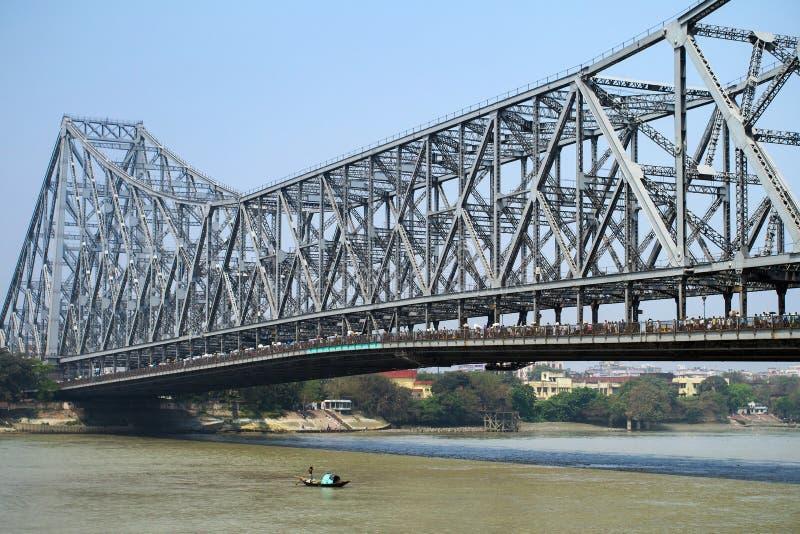 CALCUTTA, ponte dell'INDIA Howrah fotografia stock