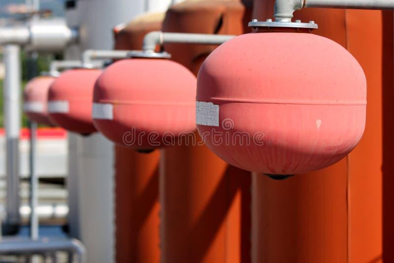 Caldaia industriale del sistema di riscaldamento dell'impianto termico fotografie stock