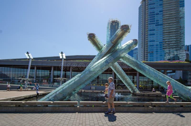 Caldeirão da Vancôver 2010 jogos olímpicos do inverno imagem de stock