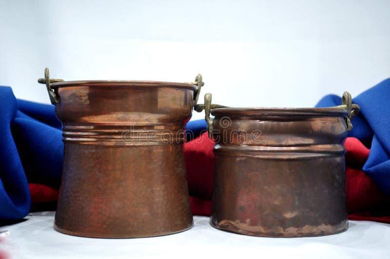 Caldeirões de cobre fotos de stock royalty free