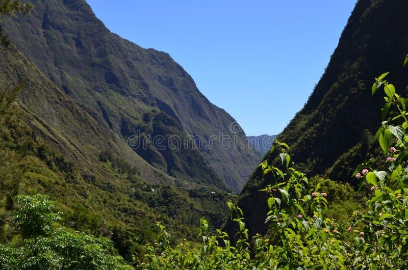 Caldeira volcanique de Mafate en île de Réunion images stock