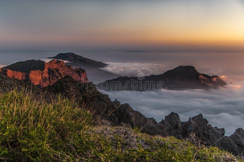 Caldera de Taburiente nationalpark royaltyfria bilder