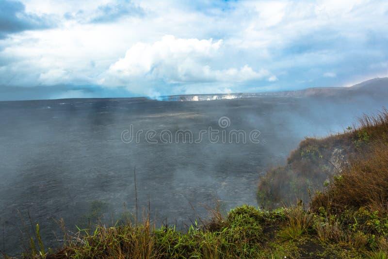 Caldera no parque nacional dos vulcões, ilha grande de Kilauea, Havaí imagem de stock