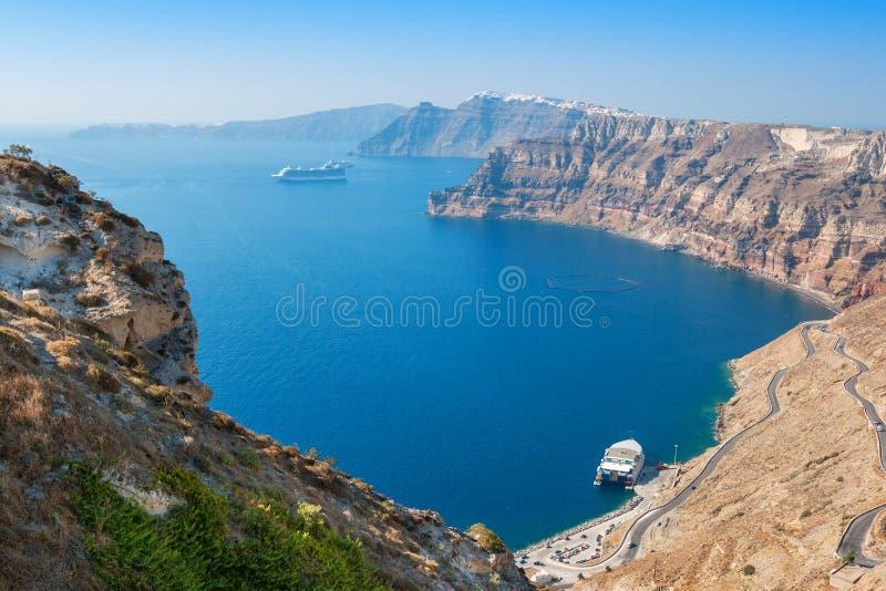 caldera Oia op Eiland Santorini Griekenland stock foto's