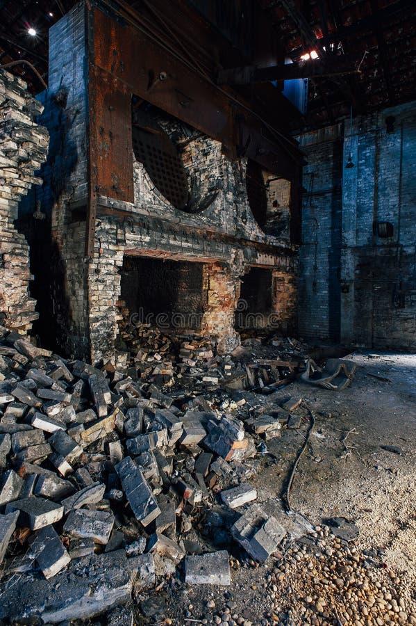 Calderas derrumbadas - Taylor Distillery - Kentucky viejos abandonados imagen de archivo