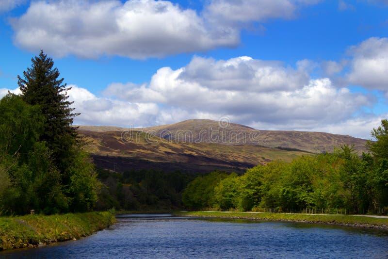 Caledonian kanal fotografering för bildbyråer