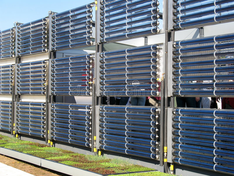 Calefacción de agua caliente solar foto de archivo
