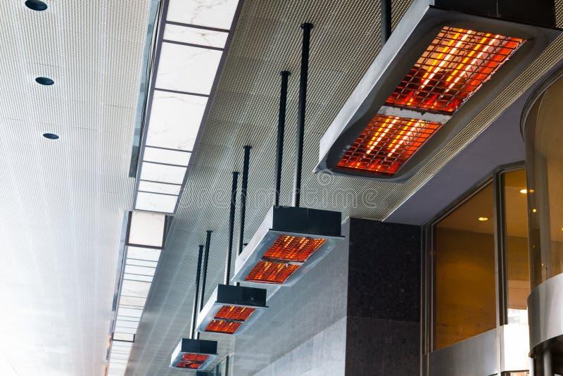 Calefator bonde com bobinas do halogênio fotos de stock royalty free
