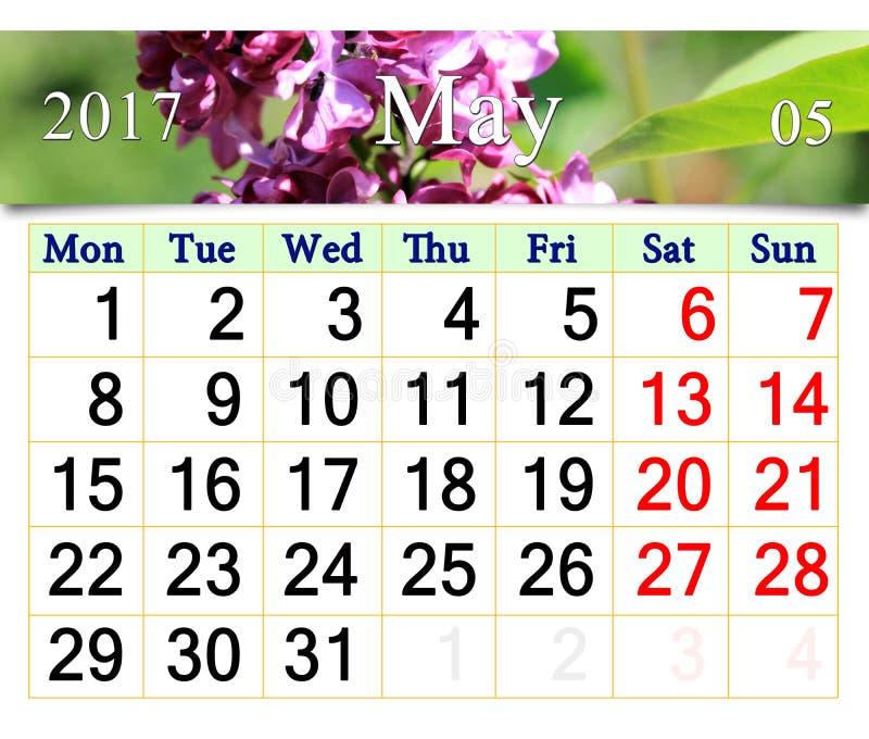 Calendario Para Maio De 2017 Com As Flores Do Lilas Imagem De