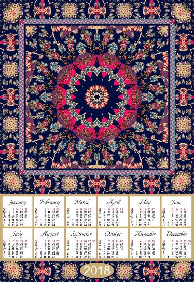 Calendário por 2018 anos no xaile decorativo indiano Teste padrão com obscuridade - flor azul da mandala fotos de stock