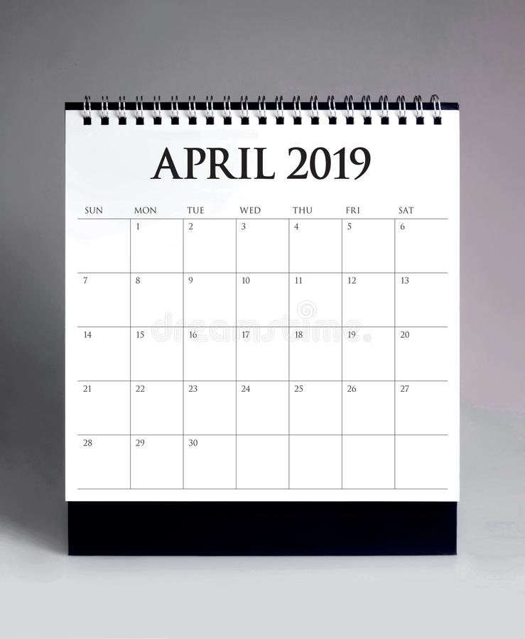 Calendario da scrivania semplice 2019 - aprile immagini stock libere da diritti