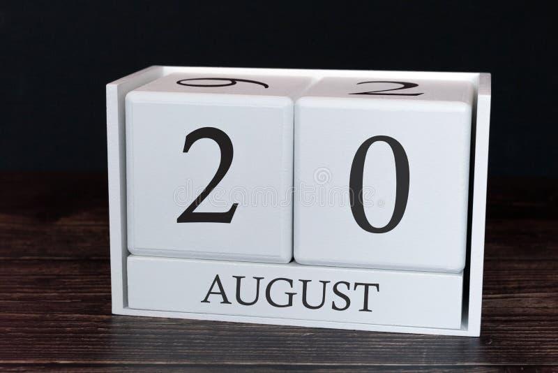 Calendario del negocio para agosto, vigésimo día del mes Fecha del organizador del planificador o concepto del horario de los aco fotografía de archivo libre de regalías