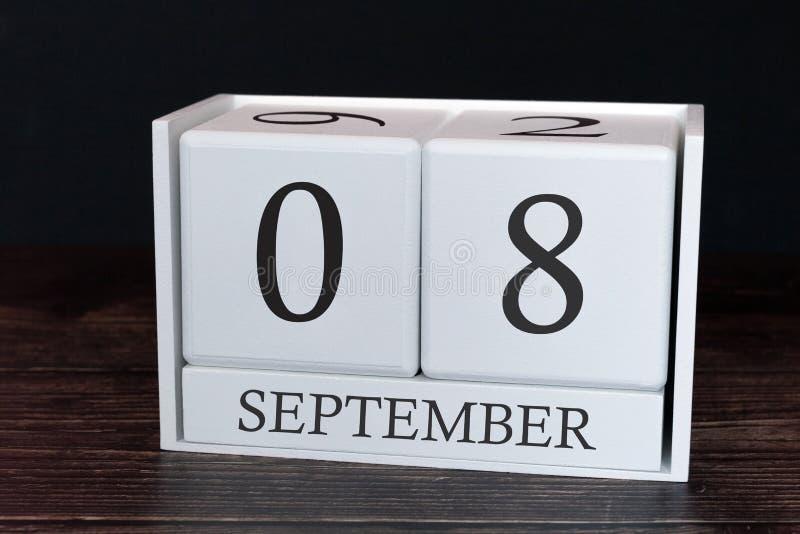 Calendario del negocio para septiembre, 8vo día del mes Fecha del organizador del planificador o concepto del horario de los acon imagen de archivo libre de regalías