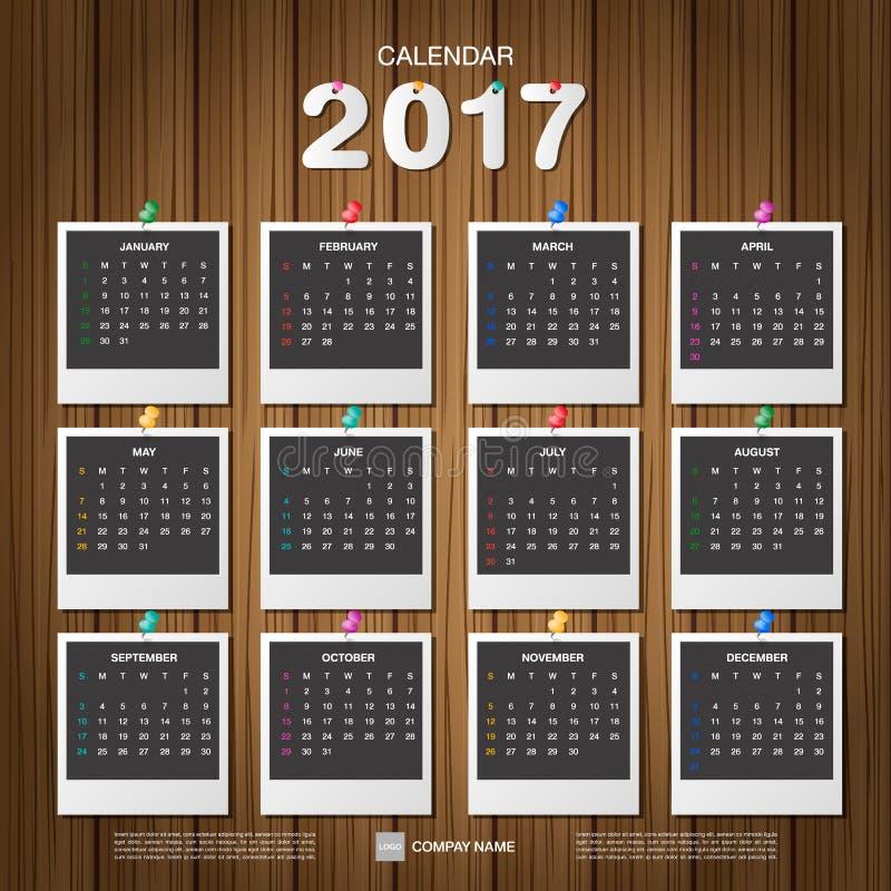 Calendario 2017 Marco De La Foto Con El Perno En El Fondo De Madera ...