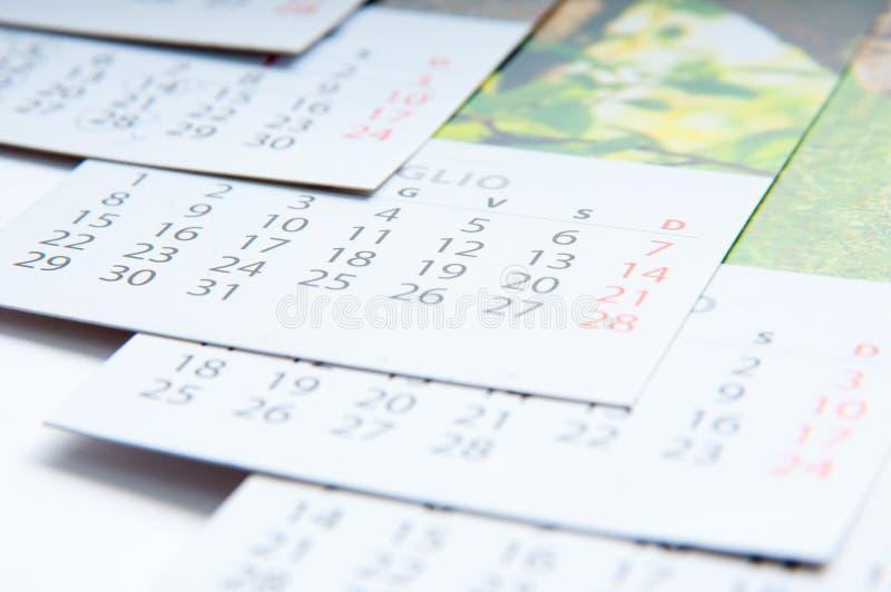 Calendarios de papel fotografía de archivo libre de regalías