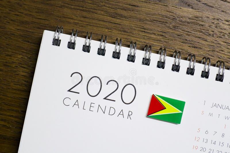 Calendrier de drapeau de la Guyane le 2020 illustration de vecteur