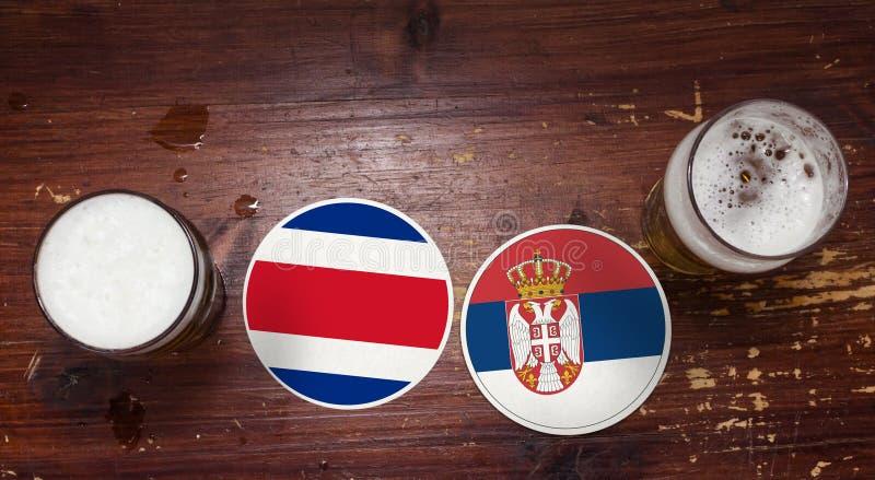 Calendrier de match de la coupe du monde 2018, bière Mats Concept Flyer Background Costa Rica contre serbia photos libres de droits