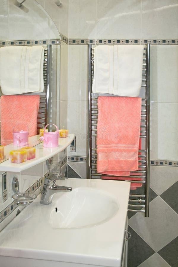 Calentador del cuarto de baño imagen de archivo libre de regalías