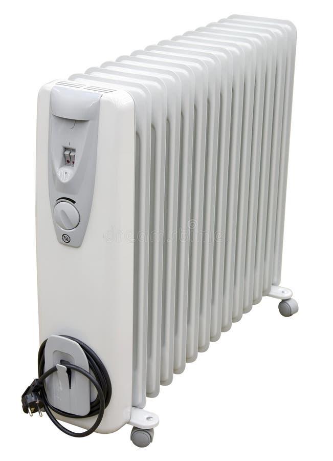 Calentador eléctrico costero blanco en el aceite con el enchufe europeo de la CA en wh foto de archivo